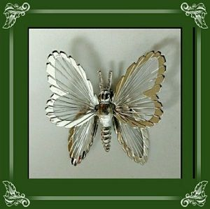 Silver Tone Wire Winged Butterfly Brooch